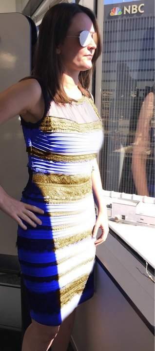 Сине черное платье приколы